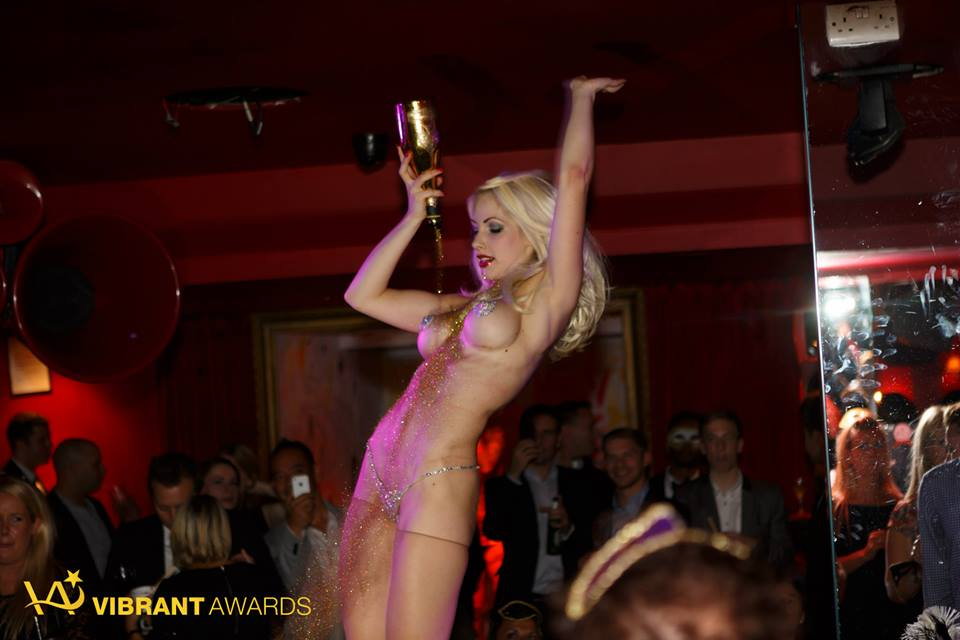 Cirque le Soir is one of the most exclusive nightclubs in the world! Located on Ganton Street, near Carnaby Street in London, Cirque le Soir is renowned for its outrageous acts, VIP clientele and memorable parties.